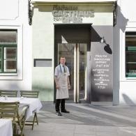 Plachuttas Gasthaus zur Oper Eingang